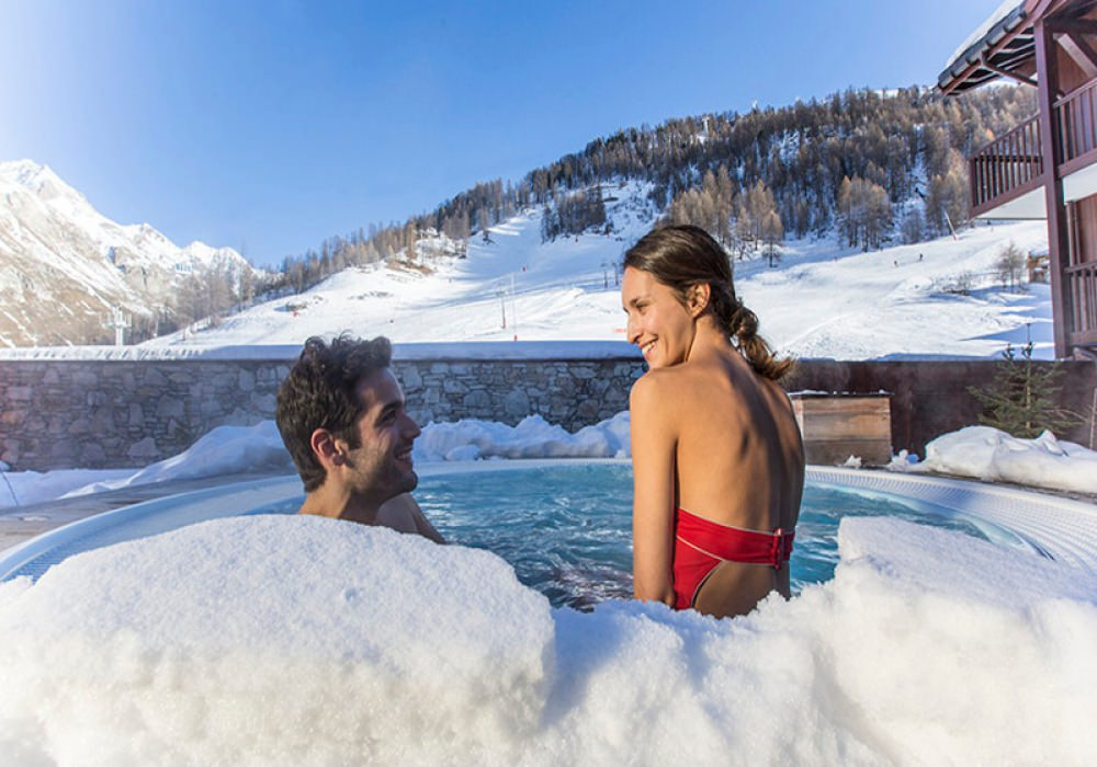 Skiing in Val d' Isere France - 7 Nights
