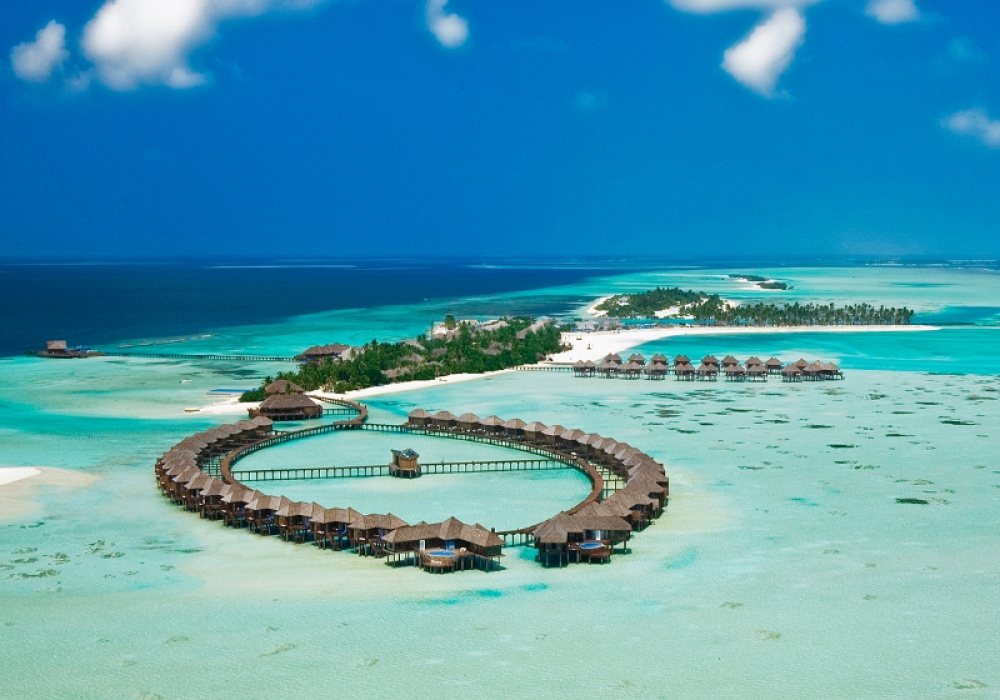 4* Olhuveli Maldives - 7 Nights