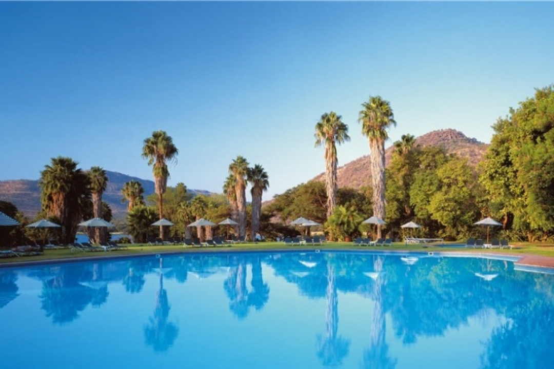 3* Cabanas- Sun City - Midweek - 2 Nights